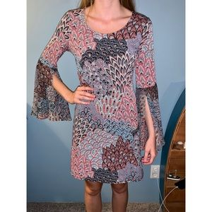 Bell sleeve paisley dress